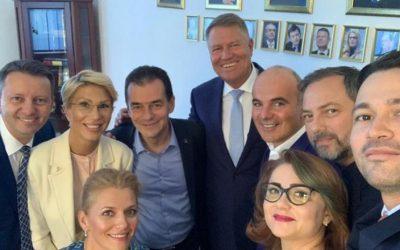Bâlbâieli repetate în gestionarea crizei. Cazul privind măsurile aplicate românilor de peste 65 de ani vine după alte greşeli impardonabile ale guvernului Orban.