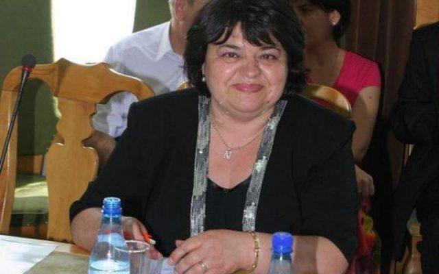 Liberalii au numit-o la șefia Cadastrului Iași pe o fostă directoare condamnată definitiv acum două săptămâni la închisoare cu suspendare pentru abuz în serviciu. Fiul său e un apropiat al lui Mihai Chirica.